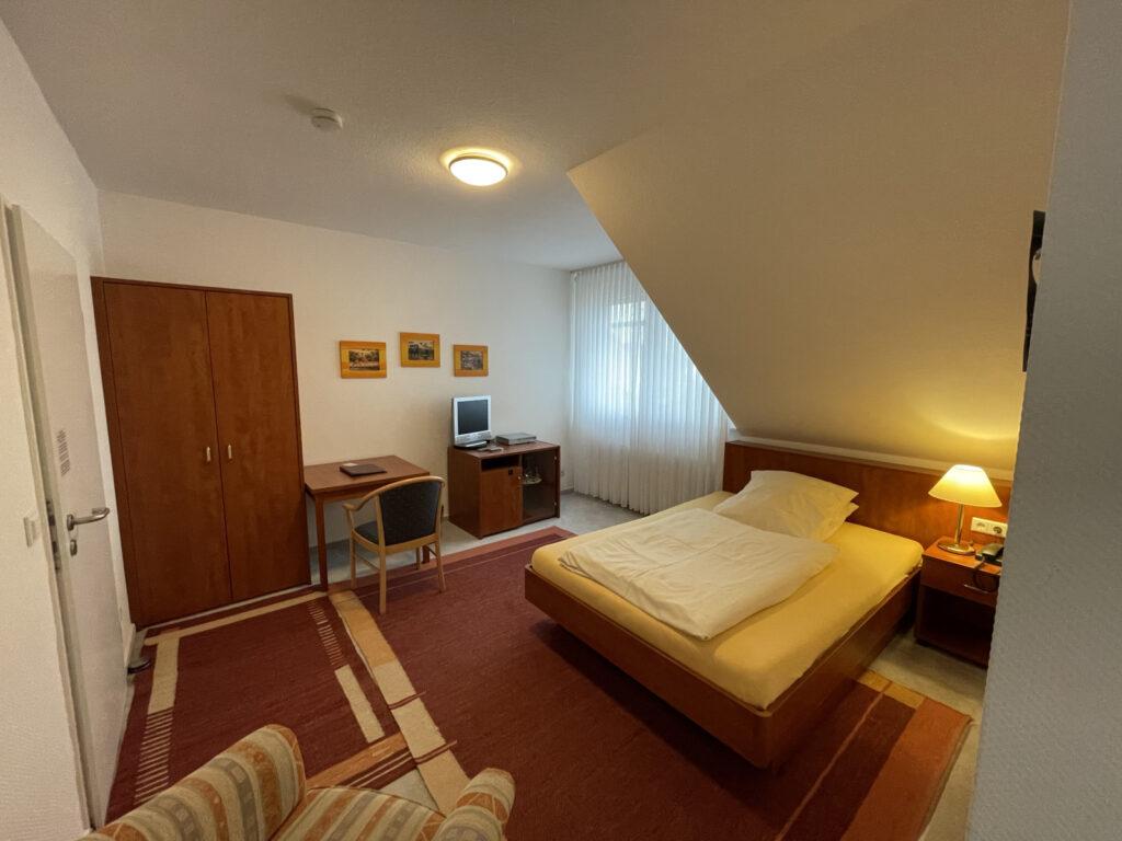 einzelzimmer-queensize-hotel-lingemann-osnabrueck-wallenhorst